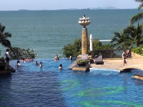 4-thailand-pool_500